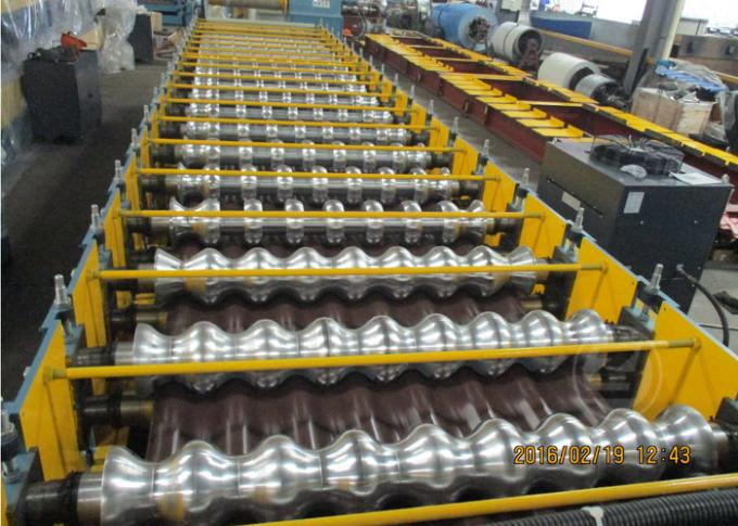 235Mpa1219mm Width Metal Metal Roll Forming Machine With Stacking